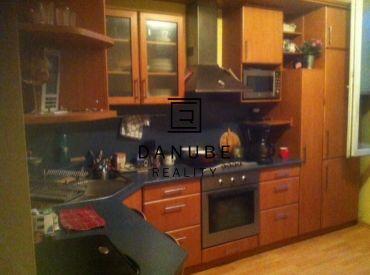 Predaj 1-izbový byt v Bratislave-Starom meste na Šancovej ulici.