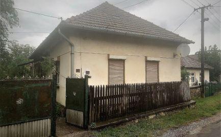 MAĎARSKO - TORNASZENDANDRAS 3 IZBOVÝ GAZDOVSKÝ DOM 1.337 M2 POZEMOK.