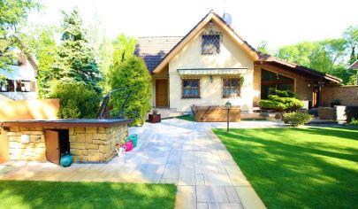 Ponúkame na predaj nadštandardný zariadený dom na Záhorí  ( 5- izbový) v lokalite Tomky