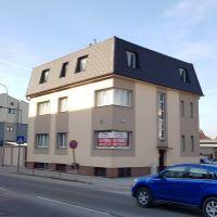 Polyfunkčný objekt, Dubnica nad Váhom, 419 m², Kompletná rekonštrukcia