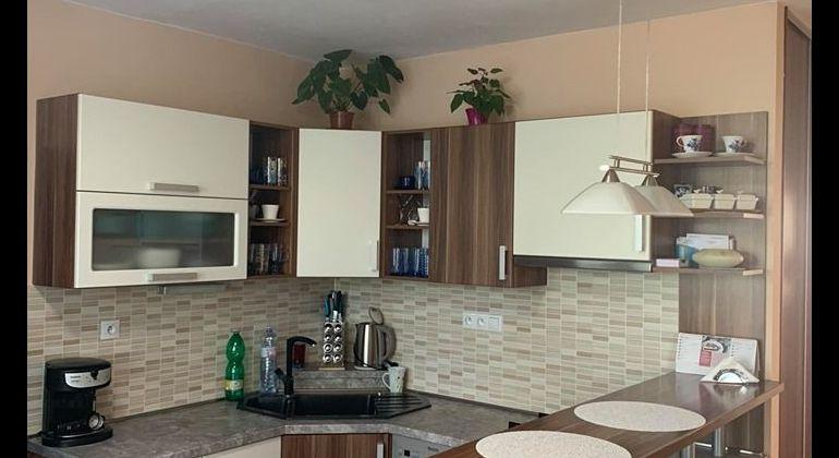 Na predaj pekný 3i byt v Bánovciach n/B-časť Dubnička s balkónom