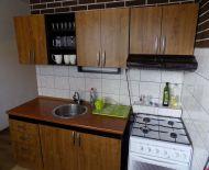 Prenájom 3 izbový byt 56 m2 Prievidzská Handlová 10021