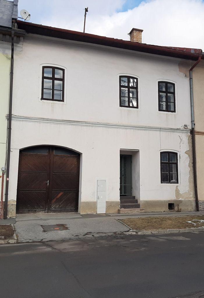Administratívny objekt-Predaj-Poprad-189000.00 €