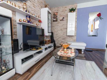 Krásny 3 izbový byt s balkónom na predaj !!!