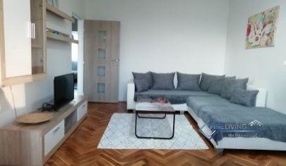 Veľkometrážny 2 - izb. byt s balkónom na Chrenovej