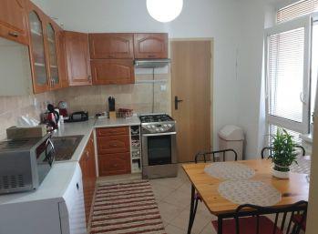 Predaj útulného čiastočne zrekonštruovaného 3 izb.bytu, Zlaté Klasy