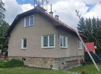 Rodinný dom v lokalite Karvaša a Bláhovca vo Vrútkach.