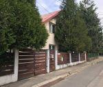 Dvojgeneračný rodinný dom, 6+2 s pozemkom 1113 m2, 3x garáž, Trenčín, ul.Podjavorinskej / Istebník
