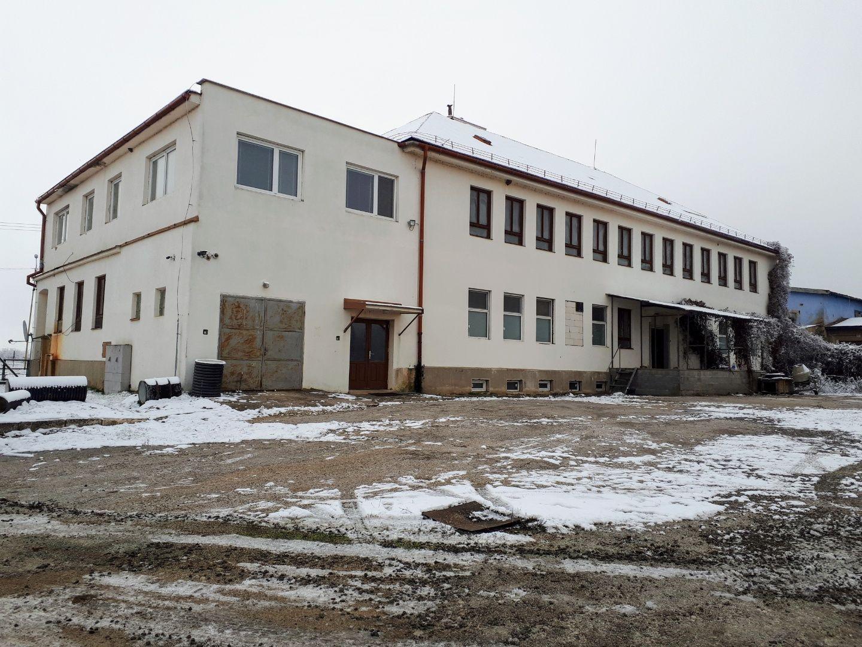Polyfunkčný objekt-Predaj-Moldava nad Bodvou-280000.00 €