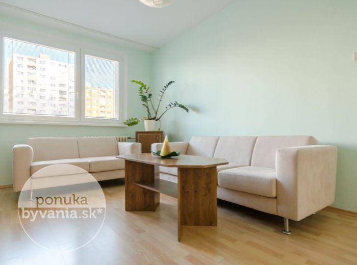 POLERECKÉHO, 2-i byt, 53 m2 – kompletná rekonštrukcia, ZARIADENÝ, TOP lokalita, PROVÍZIU NEPLATÍTE