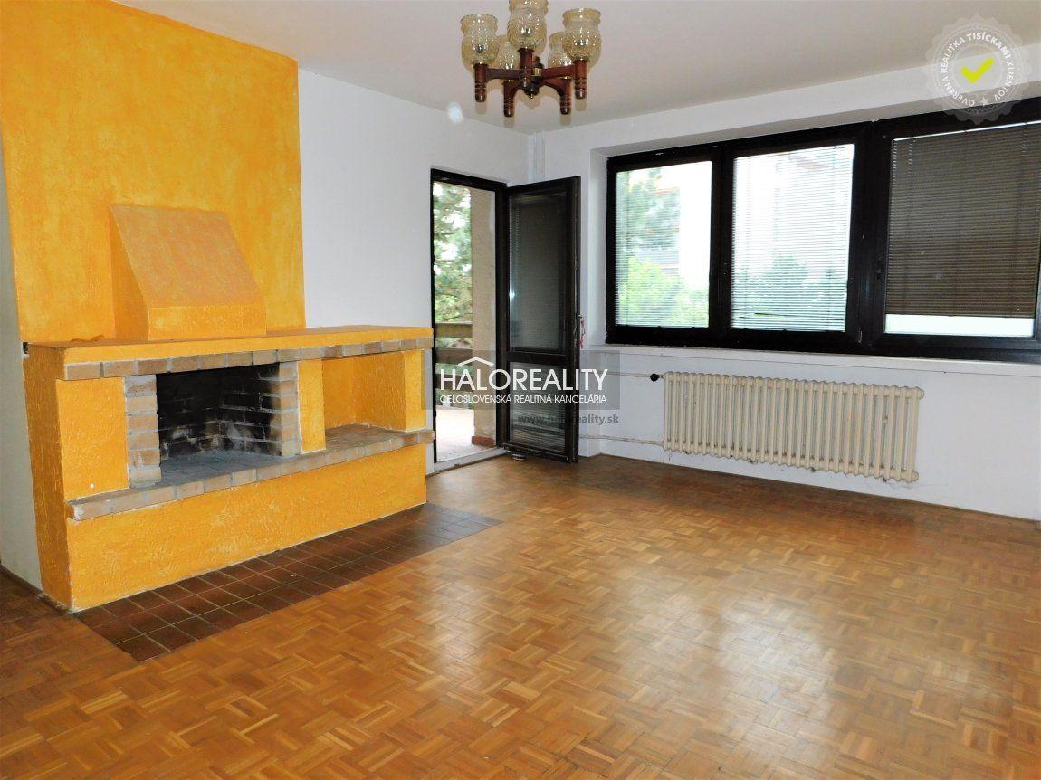 Rodinný dom-Predaj-Bratislava - mestská časť Dúbravka-349990.00 €