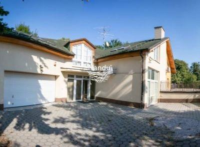 Predaj domu vhodného na podnikanie, Karlova Ves 640 000 € 1 524 €/m2