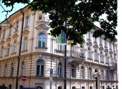 BA I Staré Mesto predaj historickej administratívnej budovy v rezidenčnej zóne s možnosťou prestavby na bytový dom 2 500 000 € 1 773 €/m2  UP 1410m2