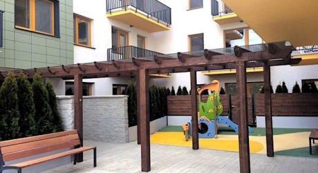 NA PRENÁJOM - 3i byt s balkónom, pivnicou a parkovacím miestom v garáži - bez provízie pre RK