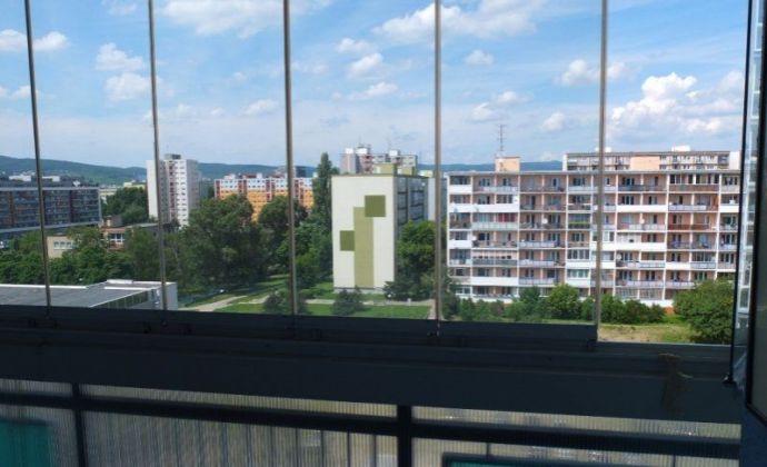 2 izbový byt v Ružinov - prenájom