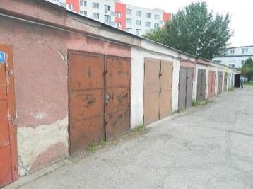 Predáme Garáž na ul.Spádová v Seredi