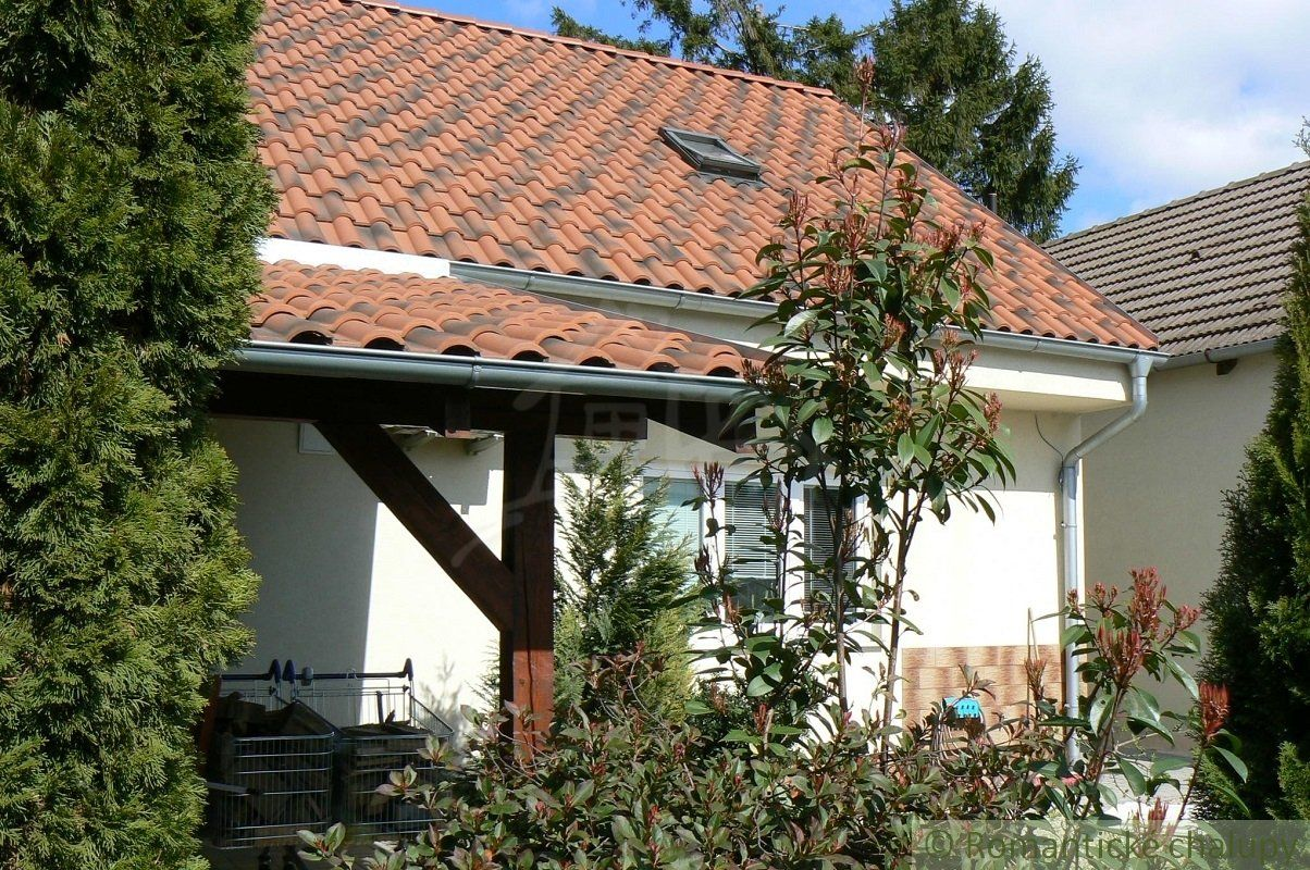 Rodinný dom-Predaj-Bratislava - mestská časť Ružinov-340000.00 €