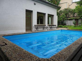 BA I. Prenájom rodinného domu na hradnom kopci s bazénom