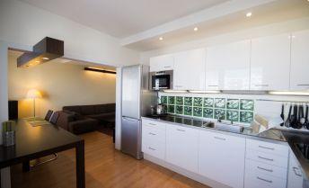 Kompletne rekonštruovaný a zariadený 4 izbový byt v top lokalite L.Mikuláša