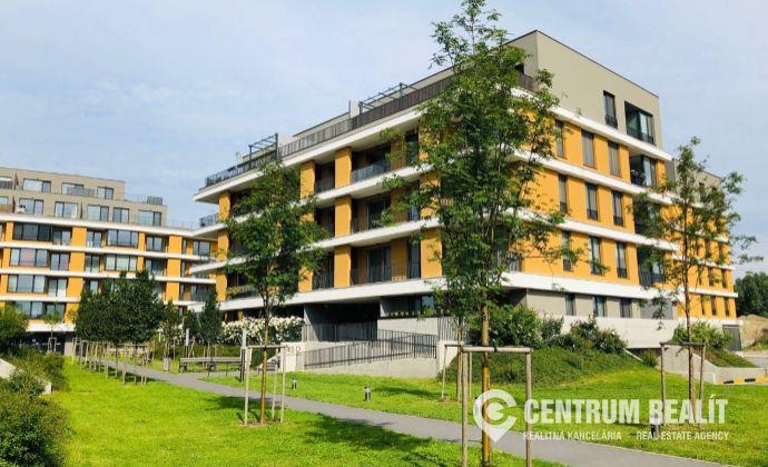 REZERVOVANÉ: Nový 1 izbový apartmánový byt s veľkým balkónom, Bratislava - Ružinov