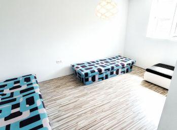 ELIMARK - PRENÁJOM - 2 izb byt 50 m2 s terasou, ul. Pri Vinohradoch -  centrum Rače