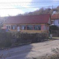 Rodinný dom, Uhliská, 120 m², Pôvodný stav