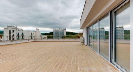 Nový 3 izb. apartmán č.61 /Najväčšia terasa v PN, až 160 m2/ Piešťany