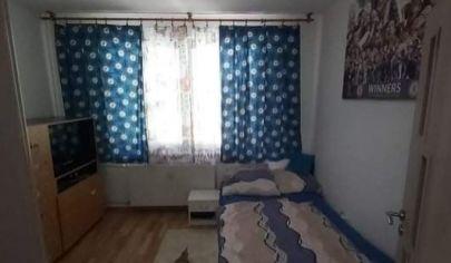 Na predaj 2 izbový byt prerobený na 4.izbový Senec, Inovecká.