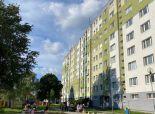 Realitná kancelária Reality Gold – Bratislava s.r.o. ponúka  na predaj  2 izb. byt  + loggia , Rajecká ulica  v II obvode , na 6 p. / 12