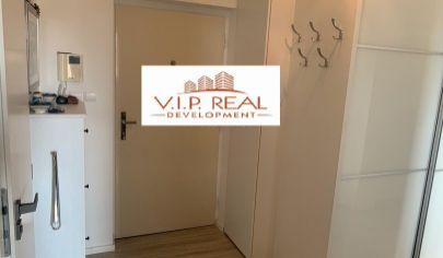Na predaj 2.izbový byt Petržalka, Námestie Hraničiarov.