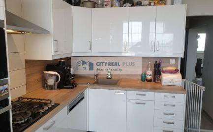 PREDANÉ!!! Predaj krásneho 3 izbového veľkometrážneho bytu v NZ