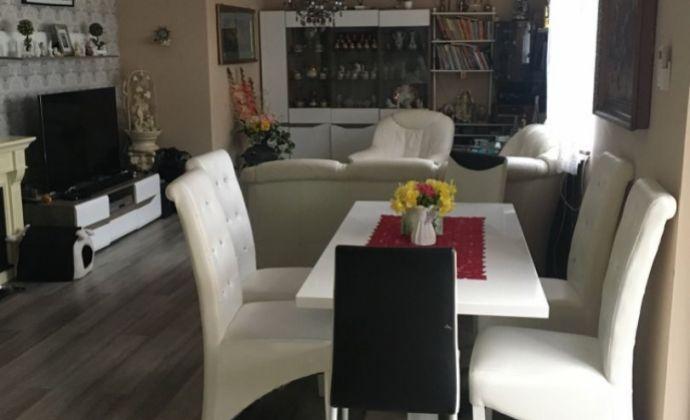Veľký a moderne riešený 3- izbový byt s terasou a pozemkom