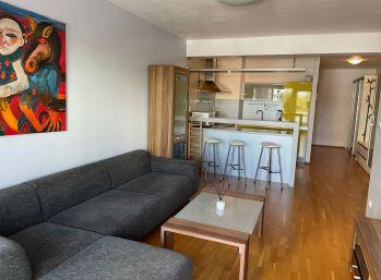 BA V. Na prenájom 2 izbový byt v novostavbe na Zadunajskej ceste