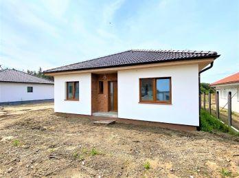 ***NOVOSTAVBA: Rodinný 4 izb. bungalov  v krásnom prostredí obce Studienka!!
