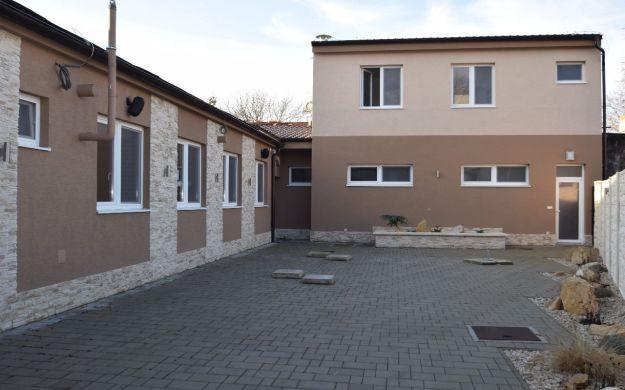 Priestranný nebytový priestor výmery 286 m2 ideálny pre reštauráciu, Piešťany-centrum