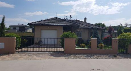 Kuchárek real: Novostavba bungalovu za jedinečnú cenu v Ivanke pri Dunaji.