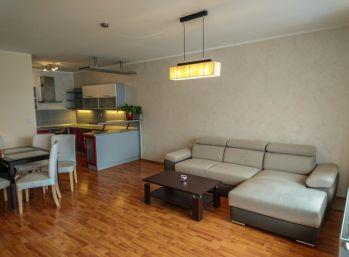 Ba II. Na prenájom 3 izbový byt v KOLOSEO