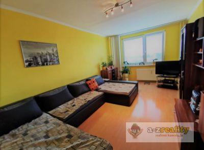 2946 NA PREDAJ 3izbový prerobený byt, JUH Nové Zámky
