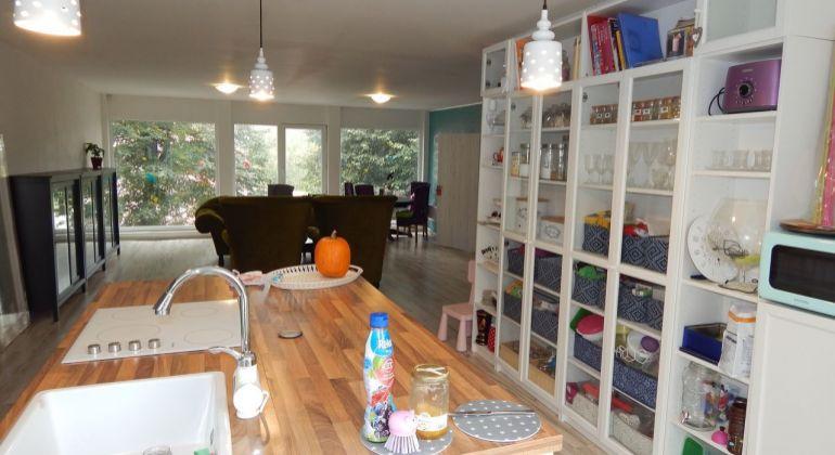 Exkluzívne- Na Predaj 3-izbový veľkometrážny byt, 146.41 m2, Handlová, Centrum