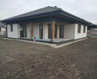 Rezervovaný/DIAMOND HOME s.r.o. Vám ponúka na predaj komfortný 3 izbový rodinný dom neďaleko od Dunajskej Stredy v dedine Horná Potôň!