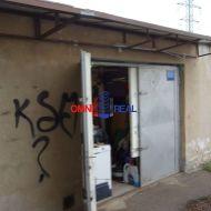 Garáž Ruźinov -  Čmelíkova ul., 21 m2, elektrina, voda, montážna jama