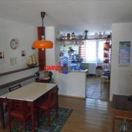 ZNÍŽENÁ CENA - 3 podlažný rodinný dom v Ivánke pri Dunaji, extra byt, pekná záhrada