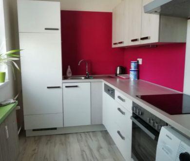 Ponúkame na predaj 3 izbový byt v Ilave.