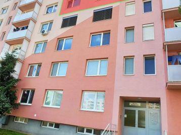 !!! Znížená cena !!!   3 - 4 izbový byt Mlynárska ul. Sereď