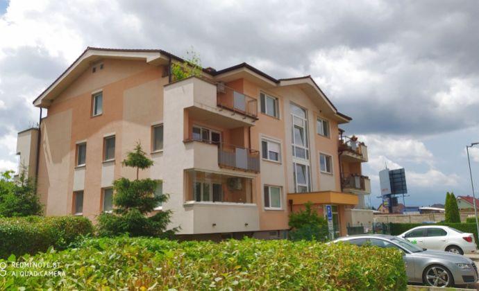 Pekný, svetlý 3-izbový byt s loggiou, parkovacím státím, pivnicou a záhradou, Rovinka, Farebná ul.