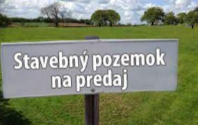 Na predaj 3 x stavebný pozemok 700 m2 , Tuchyňa.