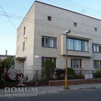 4 izbový byt, Nové Mesto nad Váhom, 134 m², Pôvodný stav