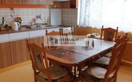 Ponúkáme na predaj 5 izbový poschodový rodinný dom Pribeta