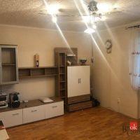 4 izbový byt, Neded, 90 m², Kompletná rekonštrukcia
