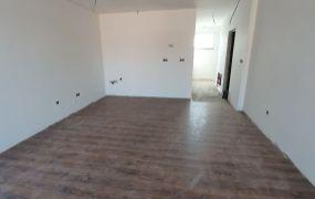 Na predaj novostavba 2 izbový byt 48 m2, predzahrádka 25 m2 a parkovacie státie, Ilava.